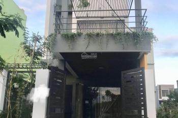 Tôi cần bán gấp nhà 3 tầng đẹp mới xây 1 năm khu Nam Việt Á. LHCC: 0913100053