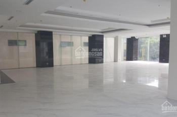 Cho thuê nhà đẹp nhất Kim Mã, diện tích 250m2 x 4 tầng, mặt tiền 13m. LH 0982247544