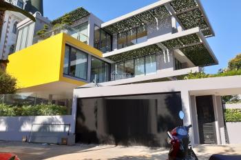 Cho thuê biệt thự hồ bơi sân vườn thiết kế hiện đại p.Thảo Điền, q2