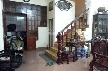 Bán Gấp Nhà Phạm Văn Đồng, 3 Thoáng, Gần Phố, DT 45m2 x 5T, Chỉ 2.65 Tỷ