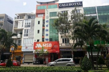 Cho thuê nhà 4 tầng MT Nguyễn Thị Minh Khai Q1 DT 4,5x20 giá 90triệu/th