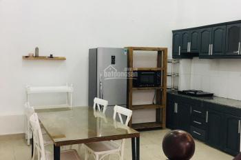 Cho thuê nhà phố Thảo Điền Q2, 2 lầu 4 PN, hướng Tây Bắc giá 35tr. LH 0909246874