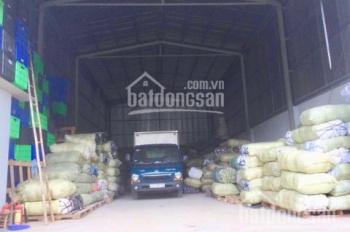 Cho thuê kho , xưởng , 213 m2 ( 9,5 x 22 ) , phường Thạnh Xuân , Q12 .