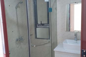 Cho thuê căn hộ tòa 18T2 Hoàng Đạo Thúy, Cầu Giấy, 110m2, 3PN nguyên bản 10tr/th, E. Dân 0965388564