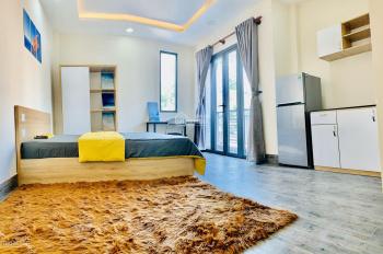 Phòng ngay Hoàng Sa, Trần Văn Đang, Quận 3, ban công lớn, nhà mới 100%