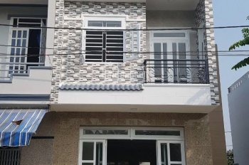 Bán Nhà 2 lầu 1 trệt KDC Ngãi Thắng - Bình Thắng - Dĩ An