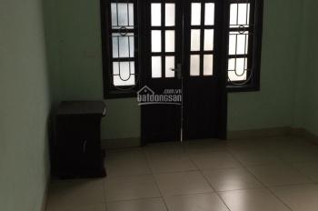 Cho thuê nhà ngõ 175 Định Công, Hoàng Mai DT 36m2 x 5T, giá 10tr