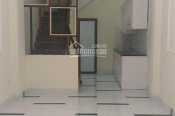 Chính chủ bán nhà ngõ 264 Ngọc Thụy, Long Biên, nhà 4 tầng mới xây, có sân trước nhà, 33m2, 2.3 tỷ