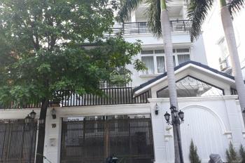 Biệt thự cho thuê, 13x17m, hầm, 1 trệt, 2 lầu, giá 38TR, Trần Não, P. Bình An, Q.2. LH: 0901380809