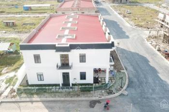 Bán nhanh 2 lô đất thổ cư - SHR tại KDC Tây Bắc Sài Gòn giá chỉ 700tr/lô