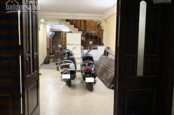 Cho thuê nhà riêng tại ngõ 209 Đội Cấn, 52,5m2 x 5t