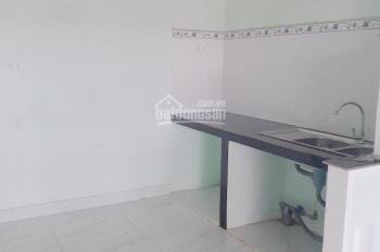 Cho thuê nhà Phú Hòa, giá 5tr/th gần ngã tư Lê Hồng Phong, 02 phòng ngủ, 50m2, nhà sạch thoáng mát