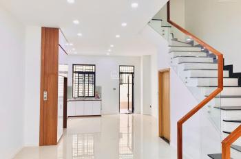 cho thuê nhà phố 5x20m, 1 trệt 3 lầu lakeview city quận 2, nội thất đẹp, giá 25tr/th. Lh 0917330220