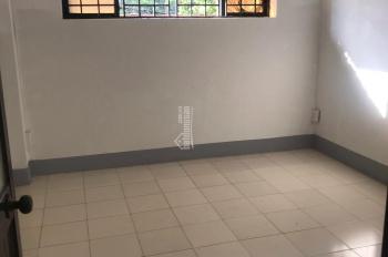 Cần bán gấp 3 căn chung cư Tây Thạnh, quận Tân Phú 2 nhà WC, 2 phòng ngủ. Gần công viên, gần chợ