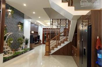 Bán gấp! Nguyễn Hồng Đào, nhà 2 mặt tiền hẻm trước sau - DT: 4.1 x 18m, nhà mới đẹp