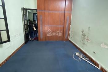 Cho thuê nhà riêng lô góc phố Thái Hà DT 60m2 x 5T, 2 MT 5mx12m, chia phòng, giá 38 triệu/tháng