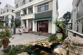 Cho thuê biệt thự cao cấp 4pn tại Starlake Tây Hồ Tây, sân trước có hồ cá  tuyệt đẹp. 0904481319