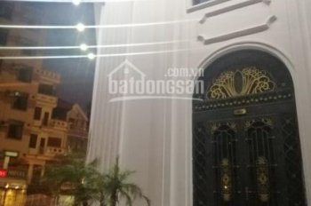 Cần Cho Thuê MBKD chân tòa Emerald đường Đình Thôn,dt 90m2, 2 Mặt Tiền,Khu Vực Đông Dân Cư