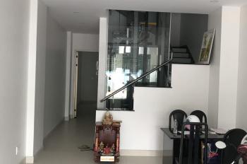 Cho thuê gấp nhà HXH Trần Văn Quang, P10, DT 4m x 14m, 2 lầu, giá 10 tr/th