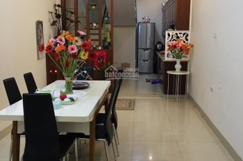 Chính chủ cho thuê nhà mặt phố Hàng Mã - Q. Hoàn Kiếm - Hà Nội, giá: 100tr/ tháng, LH: 0967819777
