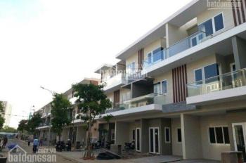 Chủ cần bán gấp nhà Rio Vista: Nhà thô 5.3 tỷ, full nội thất cao cấp, giá 6,150 tỷ. 0931866918