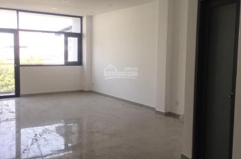 Cho thuê nhà nguyên căn mặt tiền trần não quận 2, 12 * 6 m2 , 4 sàn mỗi sàn 2 phòng 1 wc . 40 tr/th