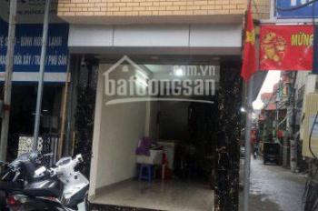 Cho thuê tầng 1 nhà mặt đường Tam Trinh 20m2, 2 mặt tiền, kinh doanh cực tốt, ô tô đỗ trước cửa