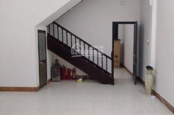 Cho thuê nhà mặt ngõ 195  Minh Khai 80m2 x 3 tầng, MT5m, ngõ 2 ô tô cách MP 20m2. LH: O974433383