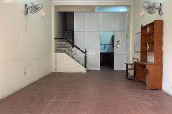 Cho thuê nhà phân lô trong ngõ phố Giải Phóng, Trường Chinh, 50m2, 4 tầng giá rẻ