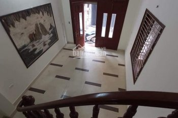 Cần bán nhà ngõ 663 Trương Định, ngõ rộng, kinh doanh được, 50m2x4 tầng. Giá 3,97 tỷ. LH 0988280236