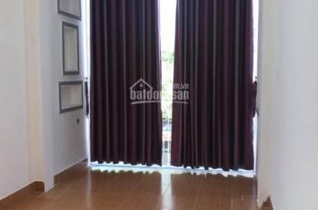 Tôi cần cho thuê nhà Nguyễn Bỉnh Khiêm, Nha Trang giá rẻ, DT 160 m2, nhà sạch sẽ, giá 13 tr/th