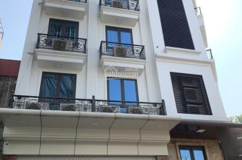 Cho thuê nhà phố Lê Văn Thiêm, Thanh Xuân. DT 50m*7 tầng, thông sàn. thang máy. Giá 50 triệu/tháng