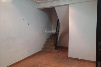 Cho thuê nhà đẹp 4 tầng ở Minh Khai, DT 47m2. Giá 7,8triệu/Tháng