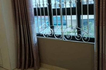 Bán gấp nhà trong ngõ phố Trường Chinh, Quận Đống Đa, Hà Nội. 100m2,4 tầng, MT 4,2m, giá 6,3 tỷ