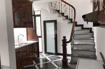 Cần bán nhà ngõ 299 đường Hoàng Mai, phường Hoàng Văn Thụ, nhà xây 5 tầng, hiện đại, oto đỗ cửa