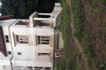Bán gấp DT 1,5ha dất đẹp để làm biệt thự nhà vườn ,nghỉ dưỡng trường học giá đầu tư