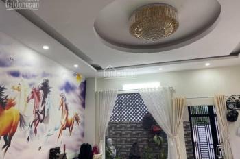 Cho thuê nhà nguyên căn hẻm Nguyễn Đình Chính, P15, Quận Phú Nhuận