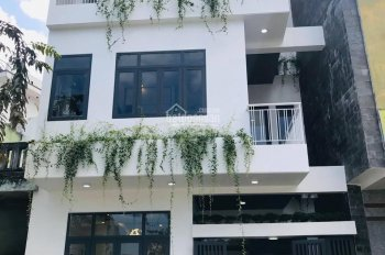 Bán villa mini 3 tầng mặt tiền đường 33m Hoàng Văn Thái