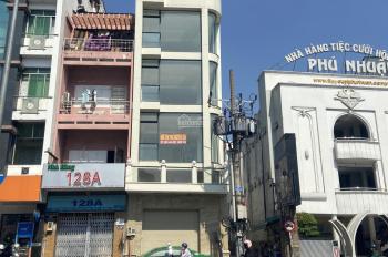 Cho thuê nhà mặt tiền Phan Đăng Lưu Phường 3 Quận Phú Nhuận, Dt:5.5x28m, 5 tầng, giá 173 tr/th
