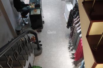 Chính chủ cần bán nhà mặt phố cổ Hàng Điếu - Hoàn Kiếm - Hà Nội, giá: 32 tỷ, LH: 0967819777