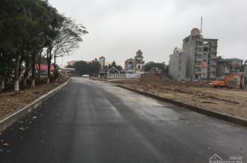 Bán lô góc 2 mặt đường to đất đấu giá, tại ngã tư vòng xuyến thị trấn Văn Giang
