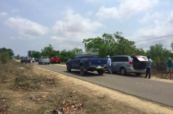 Chính chủ có nhu cầu bán đất mặt đường 715 ngay gần cây xăng có thổ cư trong đất