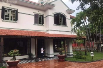 Cần bán biệt thự đường Trần Ngọc Diện, gần UBND phường Thảo Điền