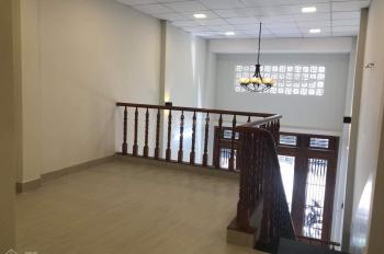 Cho thuê nhà 10TR. 3PN, HXT đường Bàu Bàng, p.13, q.Tân Bình.LH: 0938313896