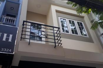 Cho thuê nhà MT đường Trần Cao Vân, P.6, Q.3, Dt: 4x22m, giá: 9.000$, T+lửng+4L