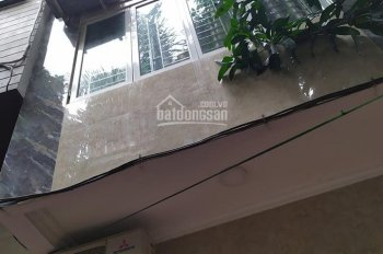 Cho thuê nhà 55m2x4tầng ngõ 460 Thụy Khuê, full nội thất. 15 triệu