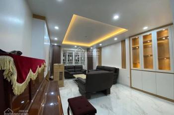 Bán nhà mới phố Vạn Phúc - Ba Đình, gara, 10 tầng TM, tặng nội thất xịn, 16.8 tỷ. 0866975942