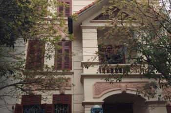 Cho thuê nhà mặt phố Trung Kính, Dt 150m2, 4 tầng, 1 hầm, Mt 6m, Giá 120tr