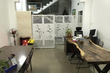 Phòng đẹp như căn hộ 50m2, đầy đủ tiện nghi, wc, bếp riêng. Giá chỉ 4 triệu/tháng
