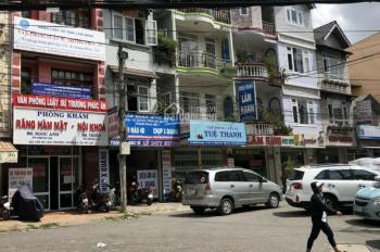 Cần bán nhà mặt tiền đường Hải Thượng. DTSD 300m2. Gần trung tâm Đà Lạt. LH 0363086139